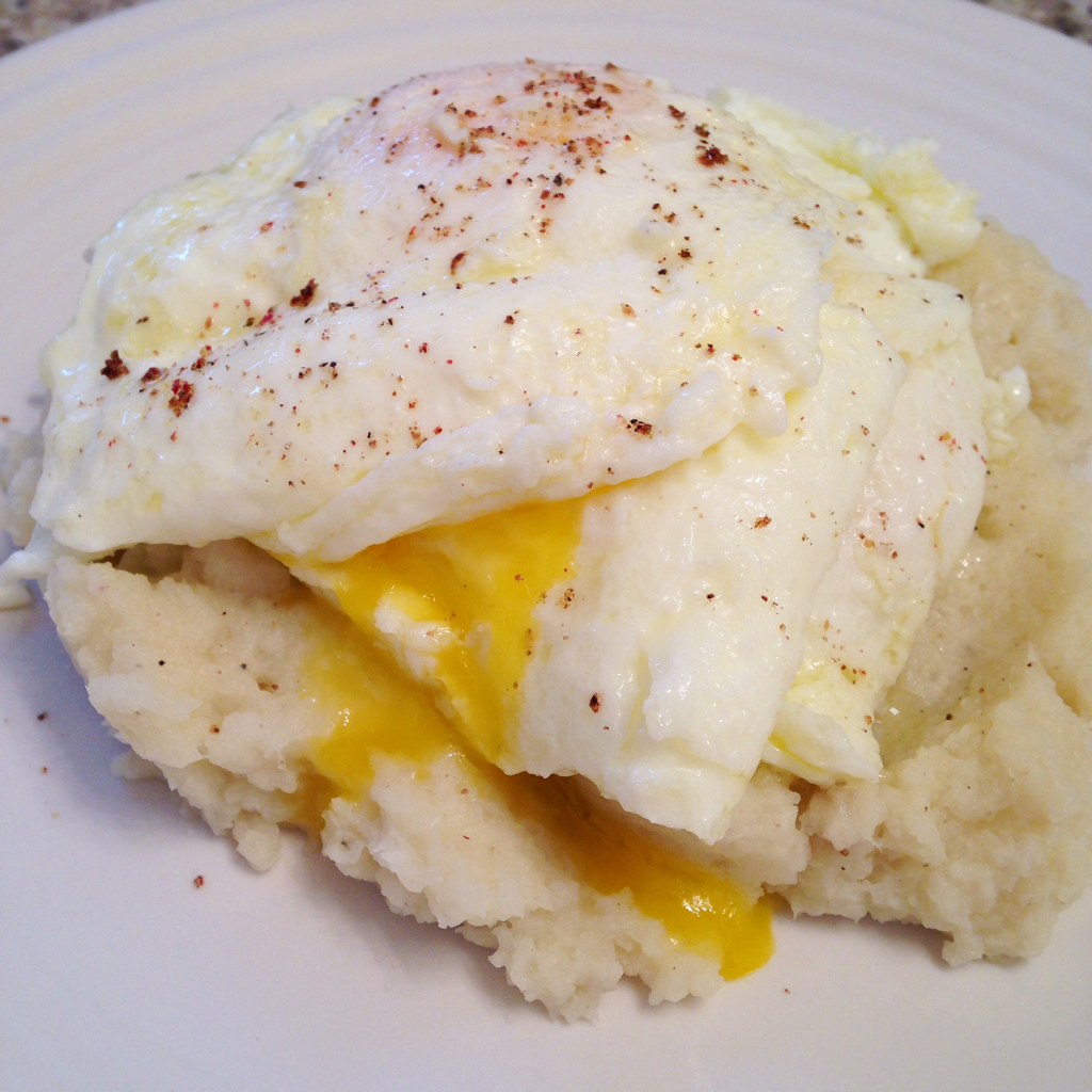 Cauliflower mash and egg breakfast