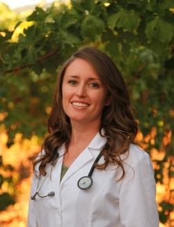 Dr. Danielle Schwaderer, Naturopathic Doctor Sonoma Roots Natural Medicine